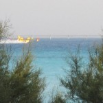 Canadair alle spiagge bianche